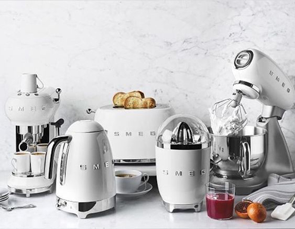 All White Smeg S Collection For Classic Kitchen Appliances