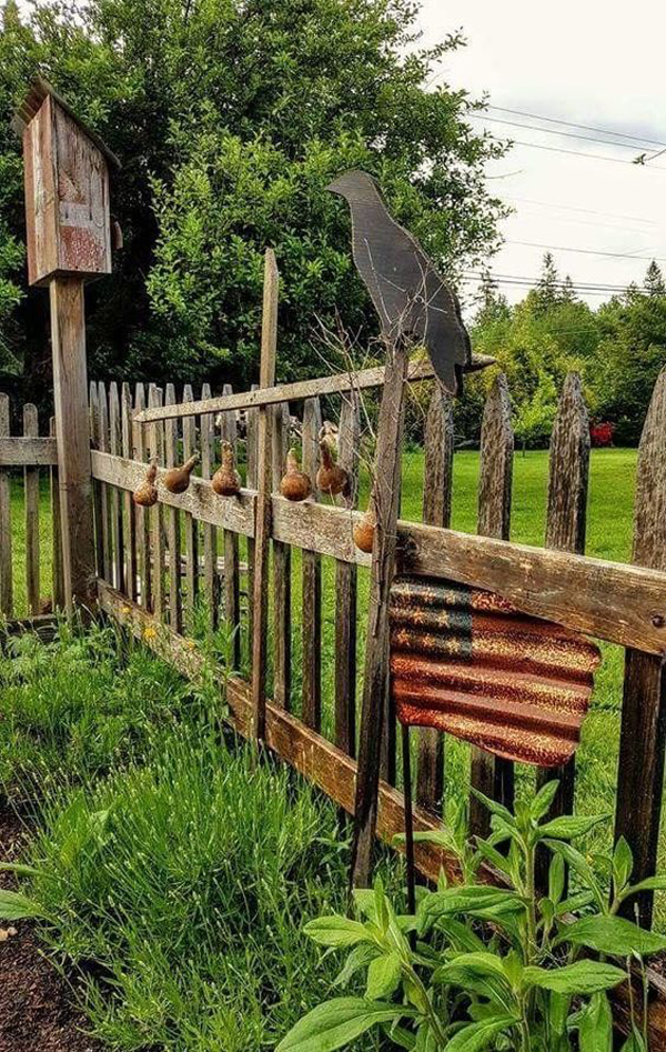 25 Rustic Fencing Ideas To Make Sure Your Garden Safe ... on Backyard Fence Decor Ideas id=88782