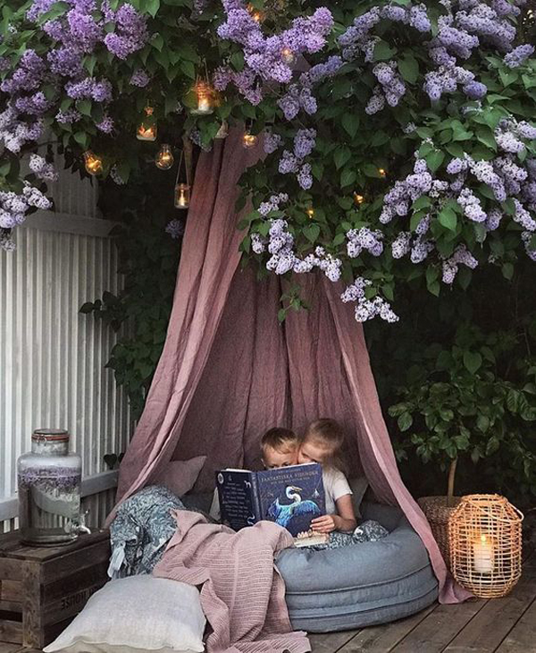 20 Most Comfortable Reading Nooks For Outdoors