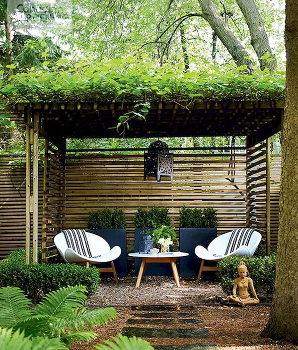 20 Tiny Courtyard Garden With Cozy Seating