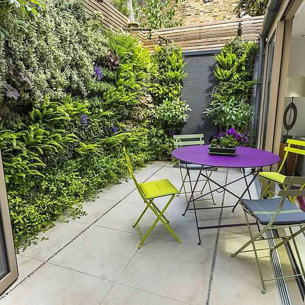 small courtyard vertical garden with private seating area - 40+ Small Vertical House Design  Pictures