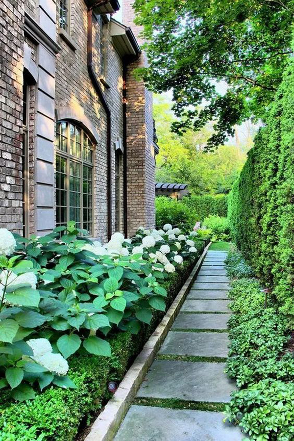 35 Exciting Side House Garden Ideas With Walkway ... on Side Yard Walkway Ideas id=32494
