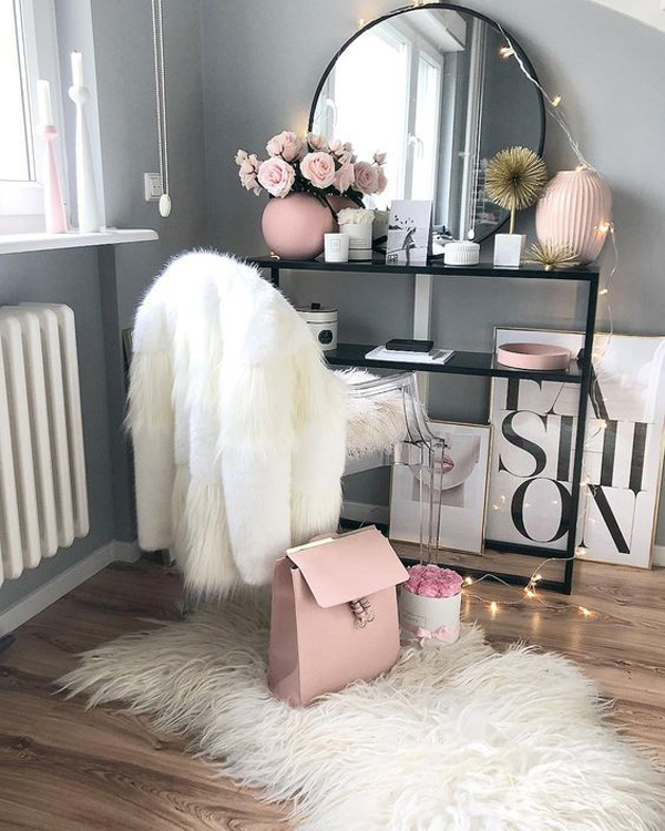 Cute Makeup Room Ideas For Small Spaces Homemydesign