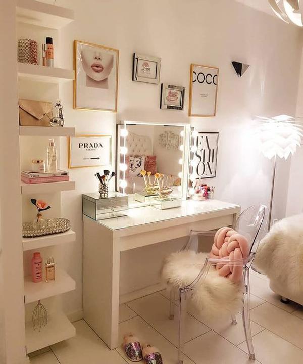 Small Makeup Room Ideas Saubhaya Makeup