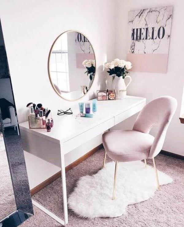 40 Feminine Makeup Room Ideas That Women Must Have ... on Makeup Room Ideas  id=61293