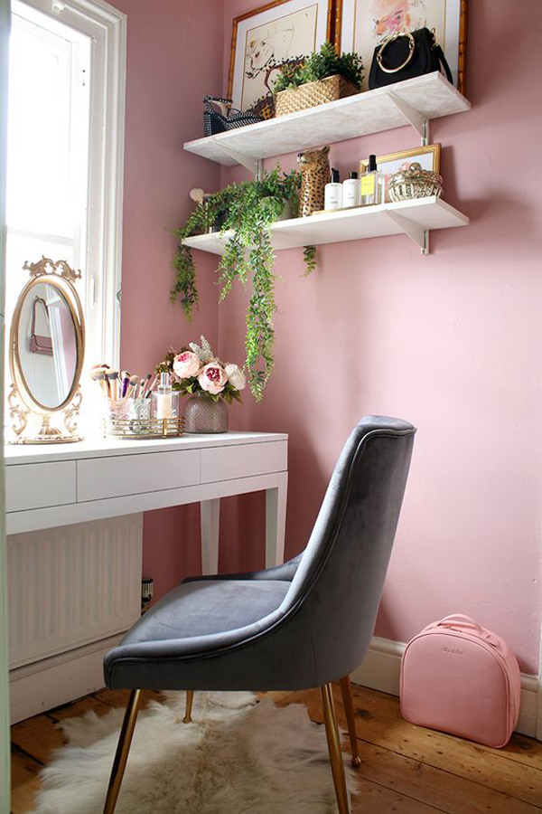 40 Feminine Makeup Room Ideas That Women Must Have ... on Makeup Room  id=75893
