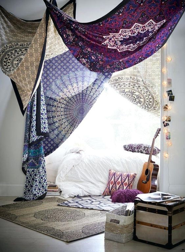 40 Best Tapestry Bedroom Ideas With Bohemian Vibes Homemydesign Homemydesign