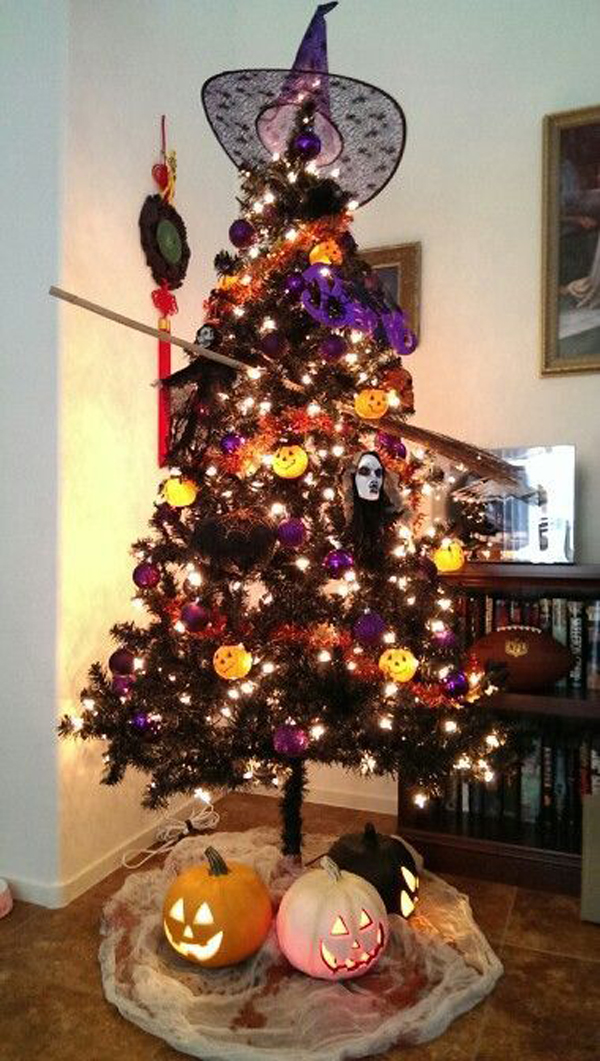 25 Black Christmas Trees That You Can Apply For Halloween Homemydesign