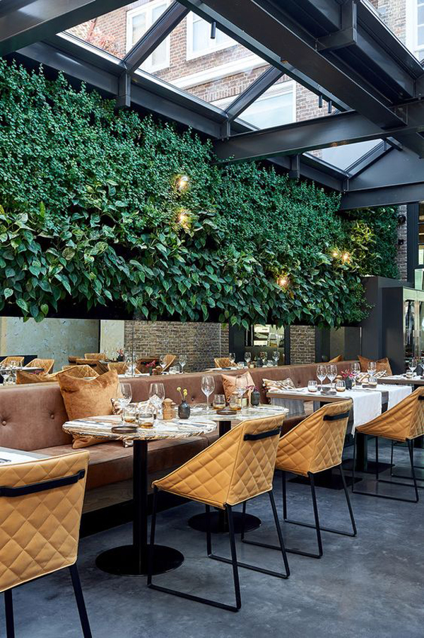 cozy-and-comfy-restaurant-ideas-with-vertical-gardens ...