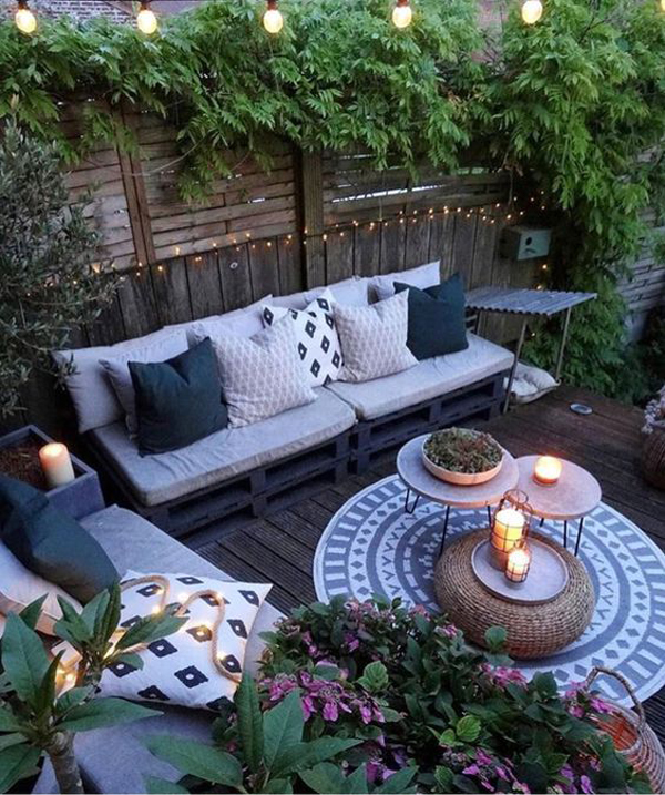 42 Coziest Outdoor Reading Nook Ideas For Your Relaxing ... on Backyard Nook Ideas id=27940