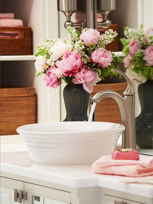 35 Trendy Spring Bathroom Decor Ideas With Nature Inspired