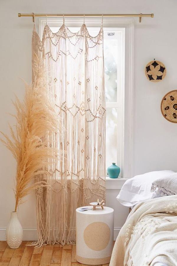 macrame-bedroom-curtain-ideas - HomeMydesign