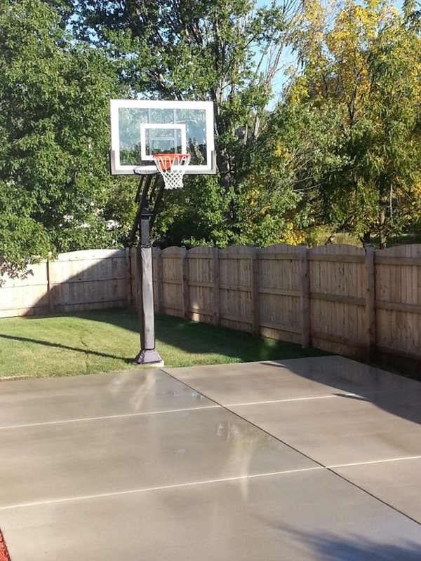 20 Coolest Basketball Court Ideas For Your Backyard ...