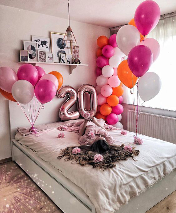 Adorable-birthday-bedroom-surprise-ideas
