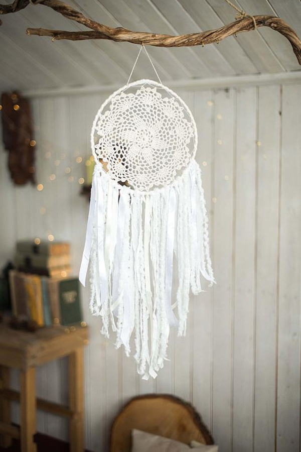 How To Make Bohemian Dream Catcher That'll Beautify The Room