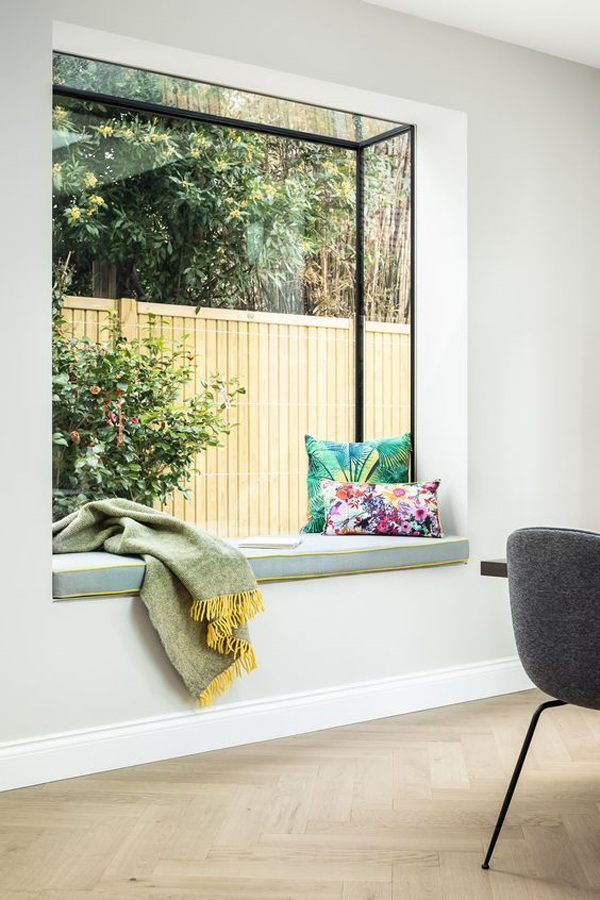 20 Inspiring Window Seat That Gives Cozy