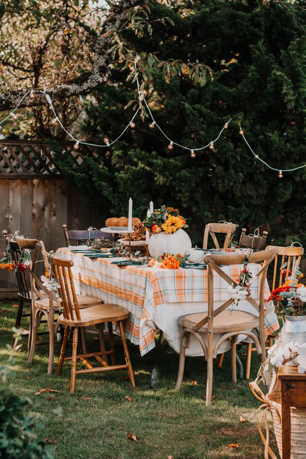 30+ Outdoor Thanksgiving Table Decor You're Must Try This Year