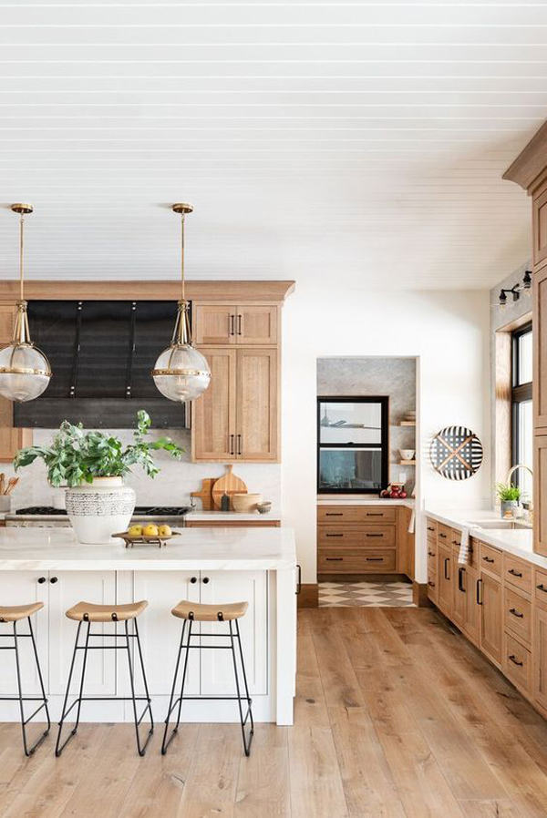 Modern Farmhouse Kitchen Ideas With Light Wood Cabinets Homemydesign