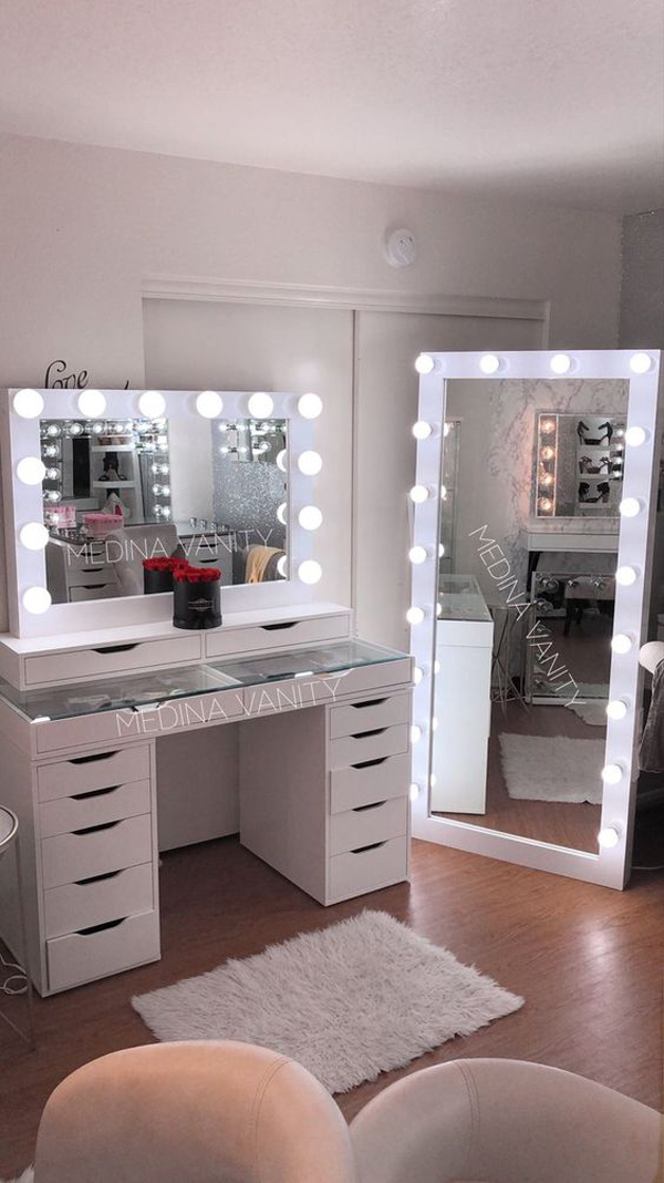 Beautiful Girl Room With Make Up Room Lights Homemydesign