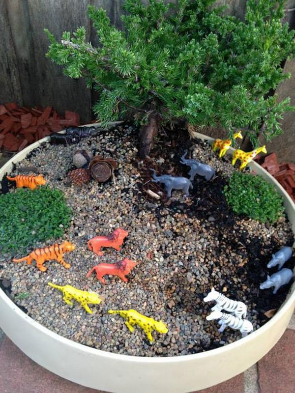 animal-fairy-garden-to-play-in