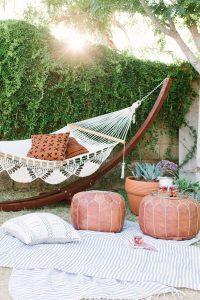 backyard-hammock-ideas-for-summer