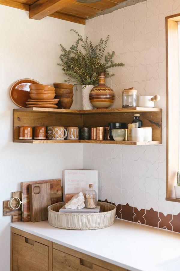 boho-style-kitchen-dish-rack