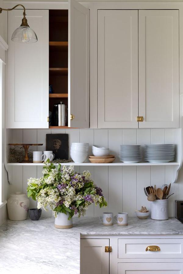 cool-dish-rack-under-kitchen-cabinet
