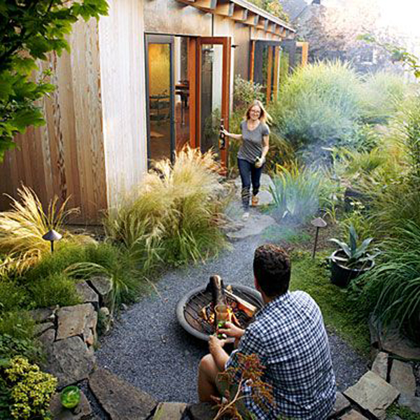 side-garden-with-firepit