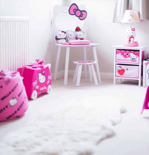 kids-hello-kitty-bedroom