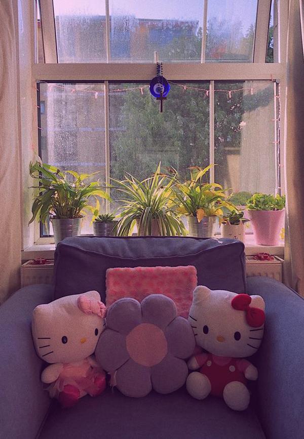 hello-kitty-chairs