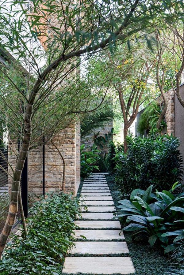 minimalist-side-garden