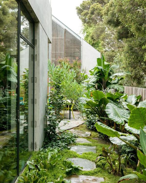 nature-side-garden