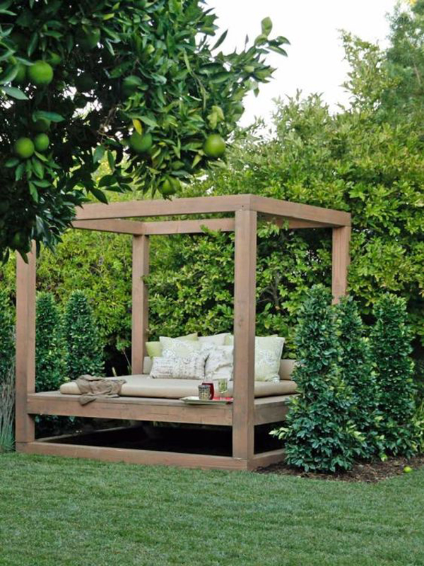 outdoor-bed-for-summer