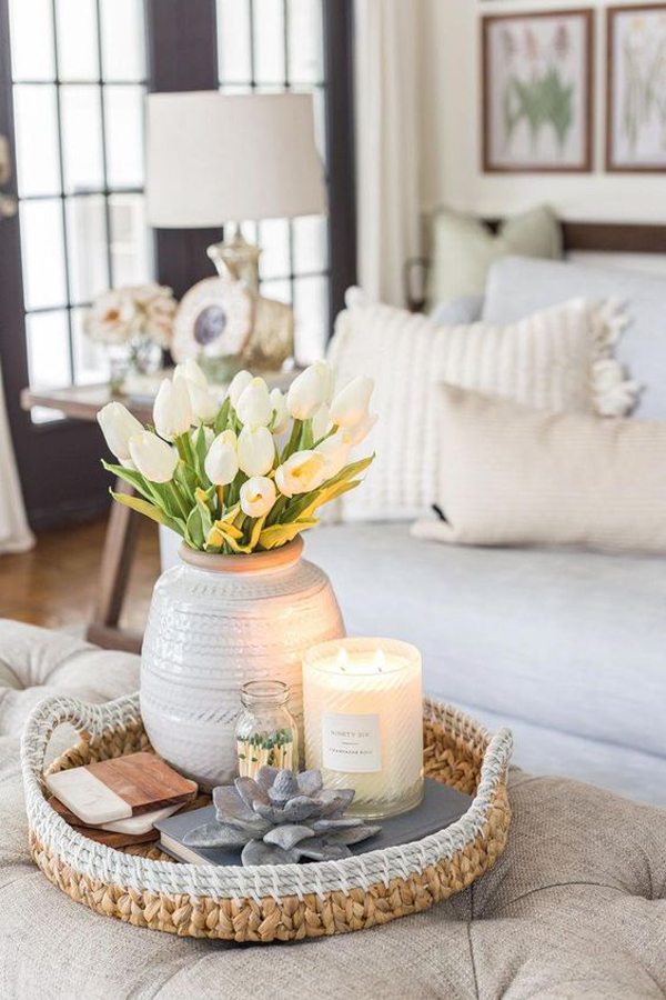 simple-chic-spring-living-room-decor