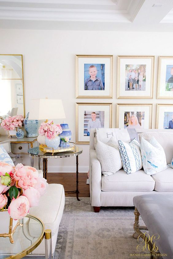 spring-family-living-room-with-photo-wall