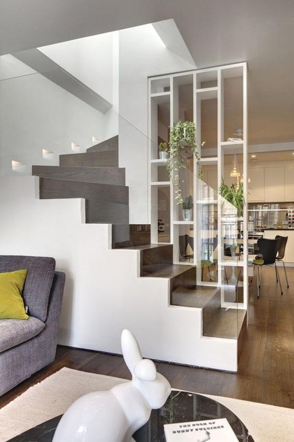 under-stairs-room-shelf-divider
