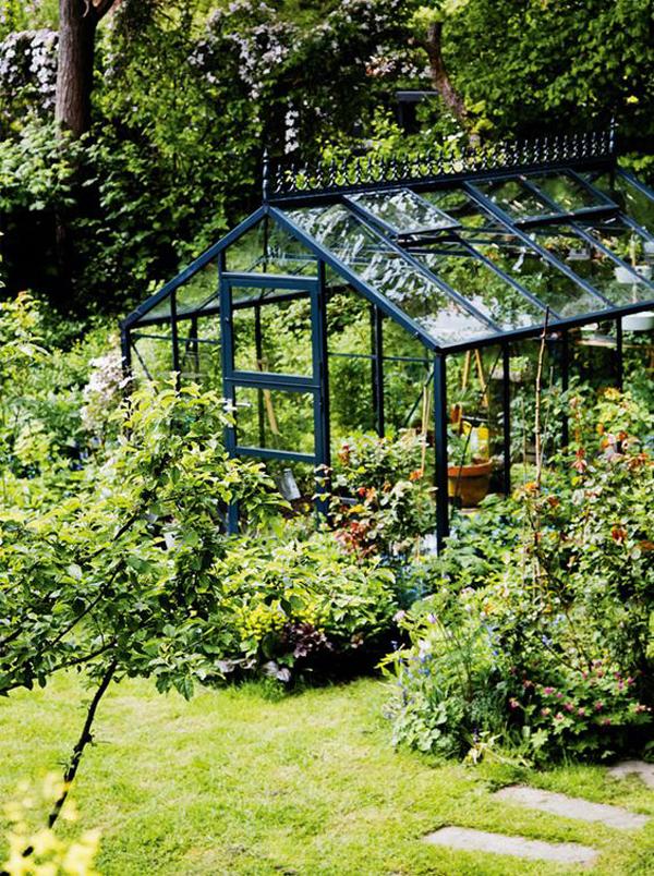 beautiful-garden-greenhouse-ideas