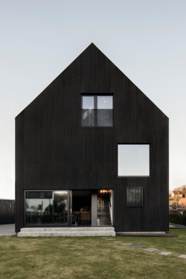 black-villa-amiri-design