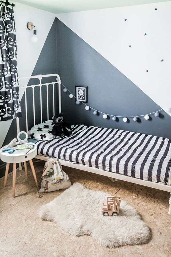 classic-kids-bedroom-ideas-with-wall-stickers