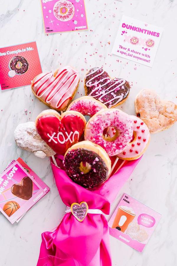 delicious-donut-valentine-day-bouquet
