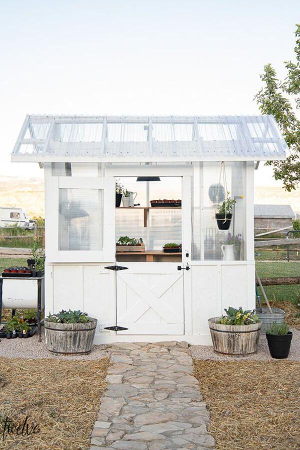 diy-tiny-greenhouse-designs