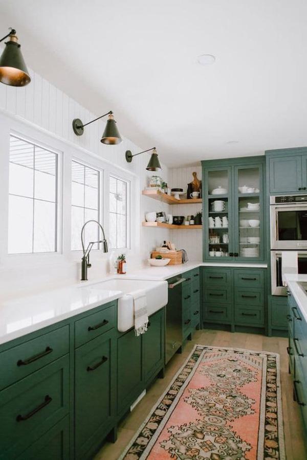 green-kitchen-cabinet-design