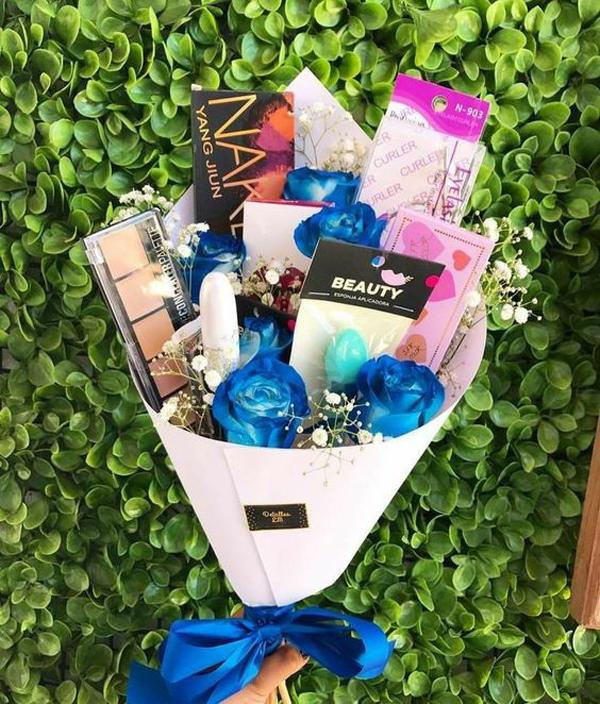 make-upbouquet-gift-for-valentine-day