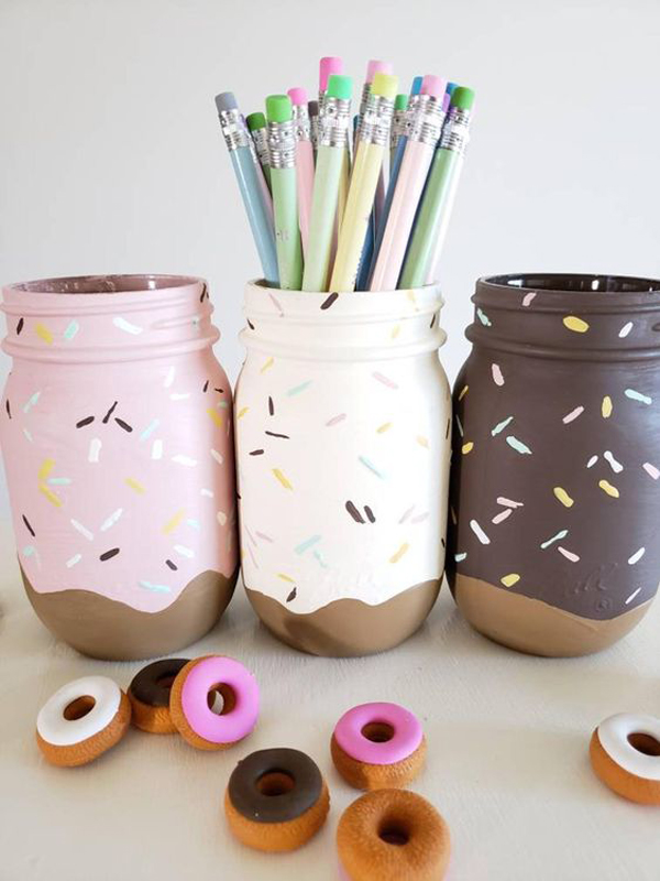 mason-jars-donut-shaped-for-kids-desk-organizer