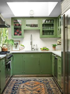 midcentury-modern-green-color-trend-for-kitchen