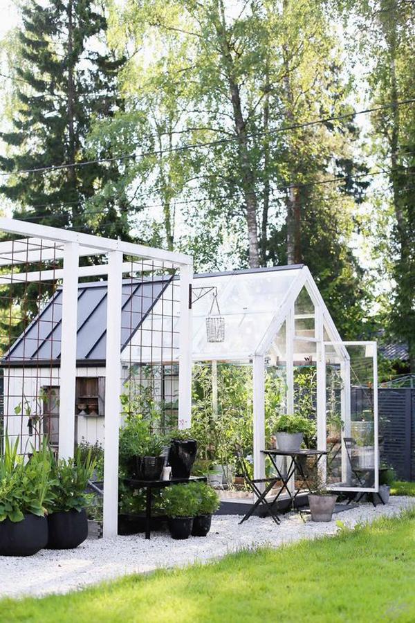 modern-garden-greenhouse-landscapes