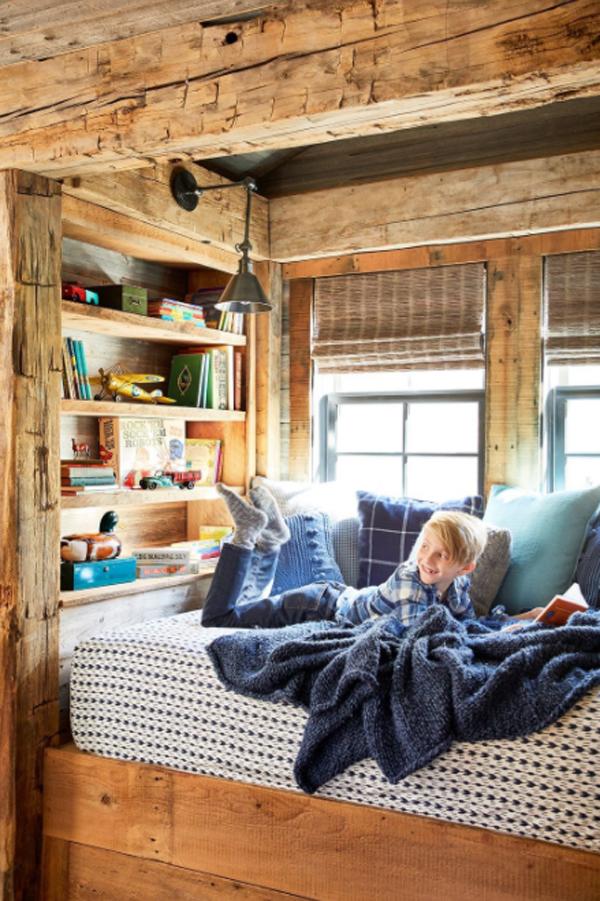 natural-wood-bookshelf-for-kids-room