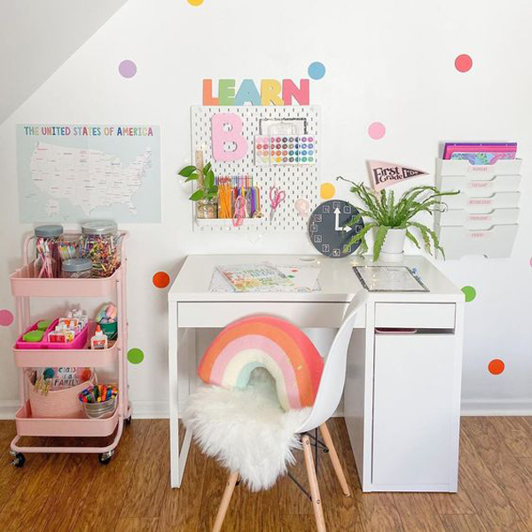 pretty-study-desk-decor-ideas