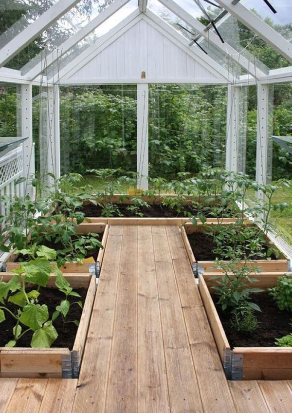 small-greenhouse-ideas-with-raised-bed