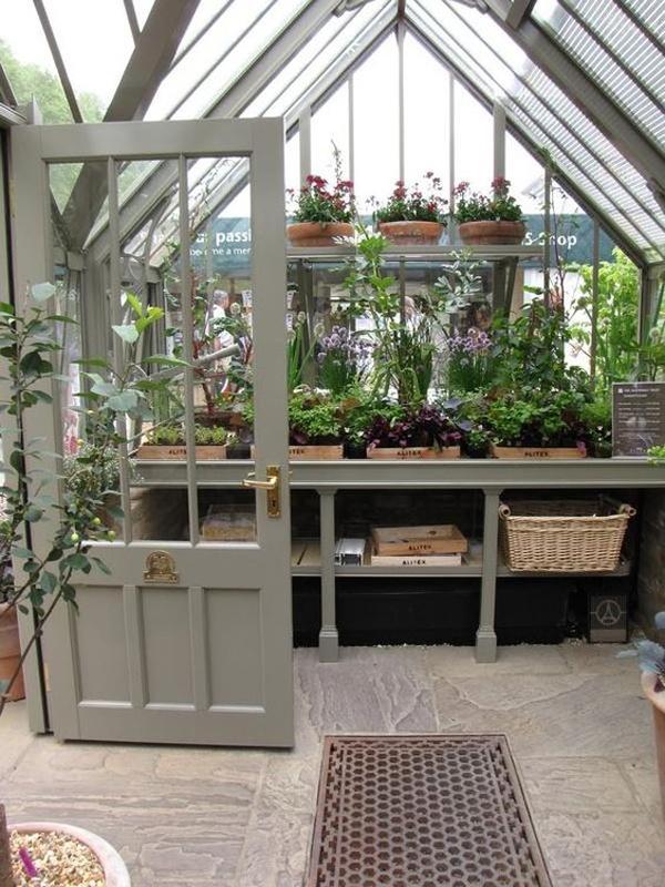 tiny-grey-greenhouse-design-ideas
